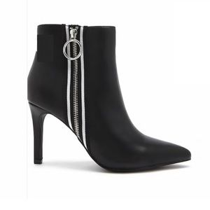 Forever 21 black leather stiletto heel ankle boots